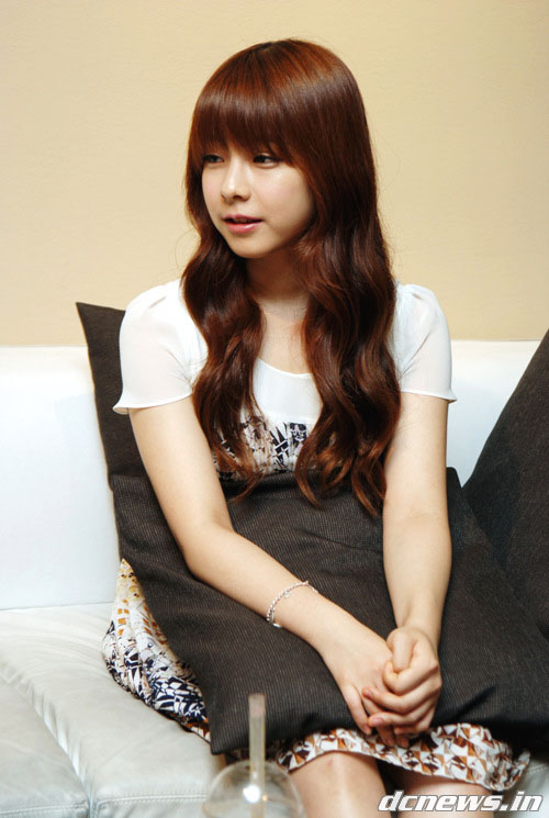 PHOTO] 120905 JUNIEL interview with DCNews