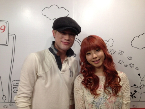 PIC|AUDIO|INTERVIEW] 130528 JUNIEL & Lunafly's Sam Carter